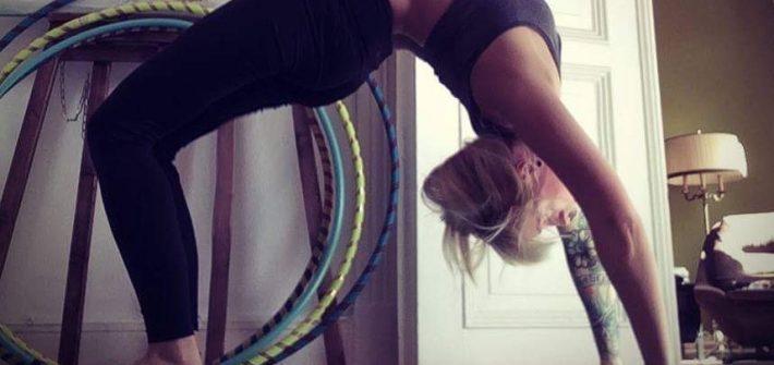 Yogapose großes Rad