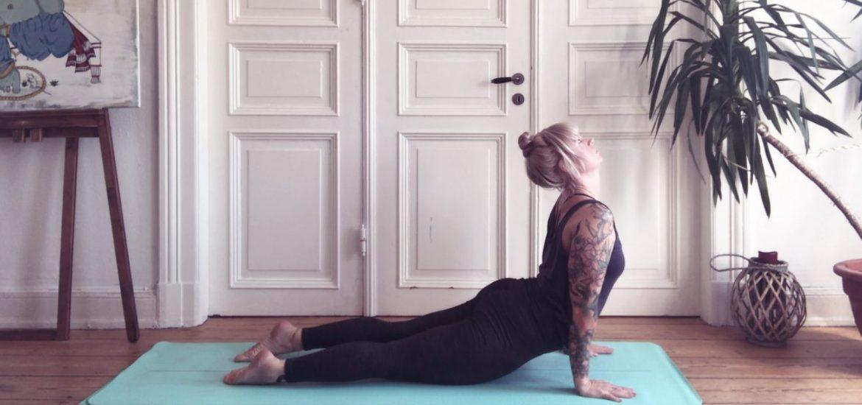 Yogabasics Sonnengruss Surya Namaskara